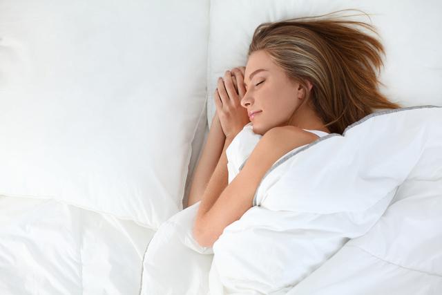 秋季快速减肥奇招 让你边睡边燃脂