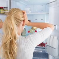 夏はニオイ対策をしっかりと!簡単にできる冷蔵庫の消臭法