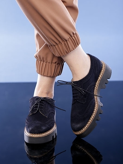 今から履ける2015秋冬注目のトレンド靴②\u2026ウイングチップシューズ