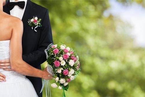 結婚式はいつ挙げるのがいいの?月ごとのメリットとデメリット
