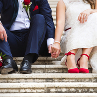 新郎のタキシードの色によるイメージの違いって?花嫁さんも必見です。