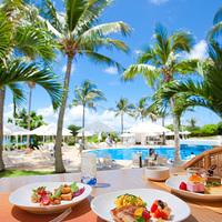 いつもと違う優雅な時間を♡ランチにおすすめな沖縄のホテル