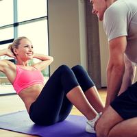 インスタで話題の「#腹筋女子」に迫る!女性が腹筋を鍛えるメリット♡