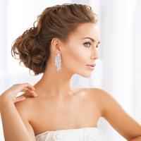 「綺麗」は美容医療でつくる時代!OLや主婦に人気な美肌治療って?