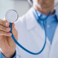 勤務医の平均年収って?年齢別の年収を徹底調査しました!