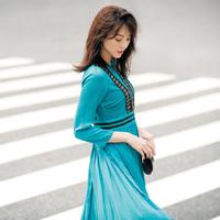 常に「ドレスアップ」。神崎恵さんの平凡な自分をヒロインにする方法