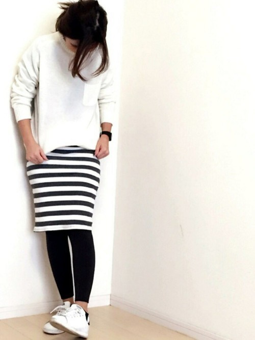 オルチャンファッション④ タイトスカート×レギンス