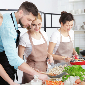 【池袋編】人気の料理教室9選♪おしゃれ料理を学びませんか?