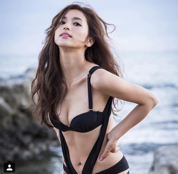 中村アンの健康的で美しいスタイル際立つ水着画像【ダイエット法】