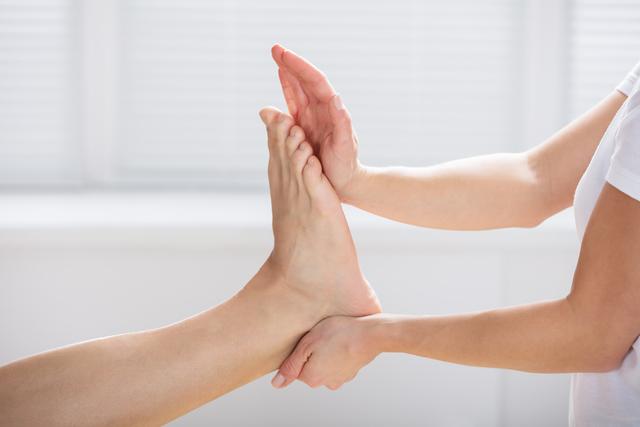 轉轉腳踝♪只要轉圈就能有的減肥效果① 改善冰冷體質全身暖呼呼