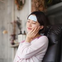 お仕事女子の「#頭痛」モンダイ!あのアイテムがあなたの悩みを和らげる♡