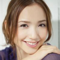 こんな美人ママになりたい♡豊田エリーさんのオシャレママコーデ