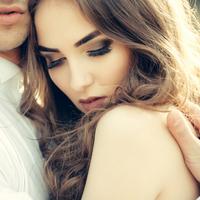 悲劇のヒロイン気取り?美化しすぎかも…。過去の恋愛を引きずる原因