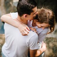 抱きしめられる女になる4つの方法♡彼からのハグ、待機中です!