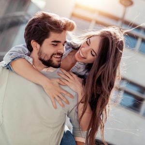 男を騙す「調子のいい女」の特徴とは?見極める方法&付き合い方