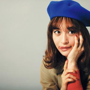 野崎萌香さんのパリジェンヌスタイルにご注目♡映画とお洒落のカンケイ