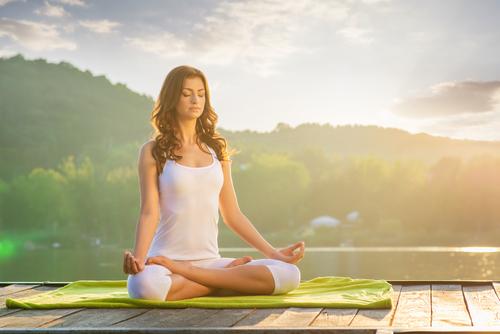提升瑜伽效果的方法③ 感覺自己的呼吸