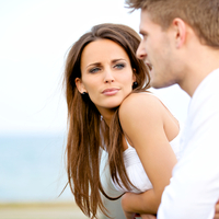 早く気づいてよ…。アプローチしてくる男性に脈なしだと伝える方法