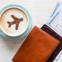 機内を快適に過ごすための持ち物8つ!空の旅を思いっきり楽しむ秘訣