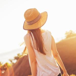 シングル女子が幸せor不安を感じる瞬間って?寂しいけど自由もイイ。