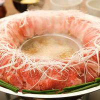趁冬天結束前快衝吧!在東京蔚為風潮的「鮮肉火鍋」餐廳4選♪