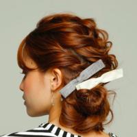 大人女子は上品に取り入れます♡リボンモチーフのヘアアクセサリー