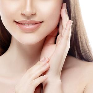 遺伝子レベルでチェック!あなたの肌と本当に相性の良い化粧水とは?