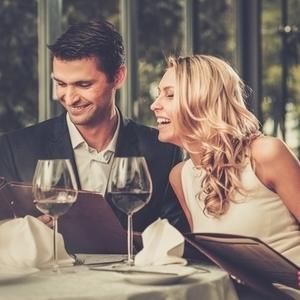 海外セレブの恋愛を真似てみて♡大胆で華やかな恋愛の仕方5つ