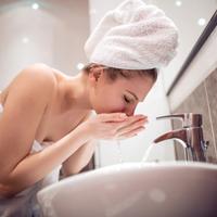 水洗顔が美肌にいいって本当!?やり方から効果・注意点までご紹介。