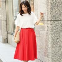 大人になっても可愛く履きたい「フレアスカート」は暖色・長め丈が◎
