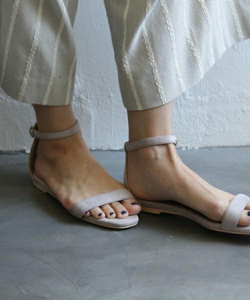 ガウチョ×ぺたんこ靴のコーデ④肌見せの面積をふやして、女性の色気アップを目指す♪