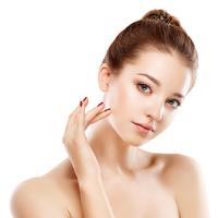 顔がなんかテカテカしているかも。皮脂をとる方法6つの方法