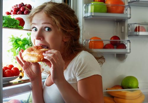 防止在秋天發胖的方法② 注意吃零食或甜點的時間!