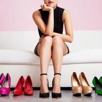 結婚式に参列する時にNGなレディース靴とは?意外と知らないルール