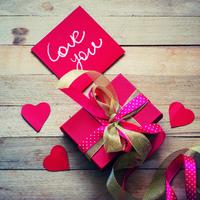 彼の意表を突くプレゼントの渡し方5選♡サプライズを仕掛けよう!