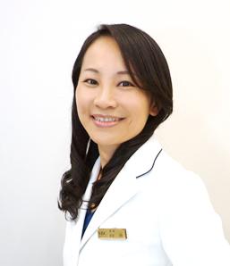 Dr. 向井 英子