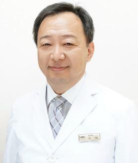 Dr. 名取 啓三